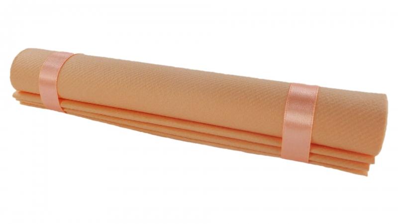 servietten gefaltet kaufen s frs rollservietten sepkina servietten tischdeko hochzeit. Black Bedroom Furniture Sets. Home Design Ideas